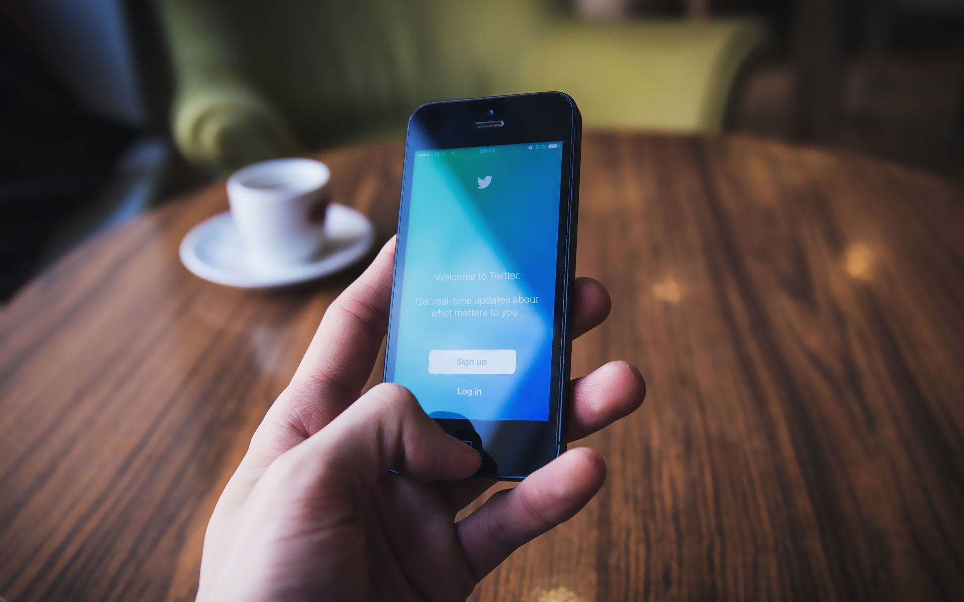 Learn how Twitter can be a valuable networking resource to your small business -- creating both B2B and B2C connections.